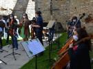 Jihočeská filharmonie a Nezmaři na zřícenině kláštera Kuklov